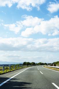 高速道路の写真素材 [FYI04855697]