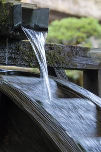 水車の水の写真素材 [FYI04855699]