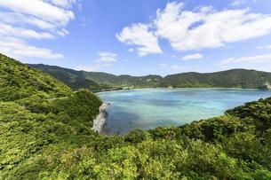 奄美大島 マネン崎展望台からの眺めの写真素材 [FYI04857097]