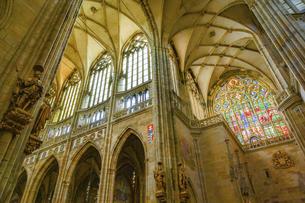 チェコ 聖ヴィート教会の写真素材 [FYI04857099]