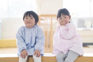男の子と女の子の写真素材 [FYI04859030]