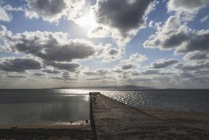 竹富島・西桟橋からの空の写真素材 [FYI04859448]