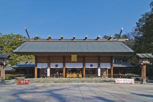 御朱印が人気で火付け役の櫻木神社の拝殿の写真素材 [FYI04860024]