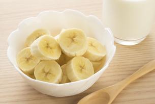 朝食のバナナの写真素材 [FYI04861102]