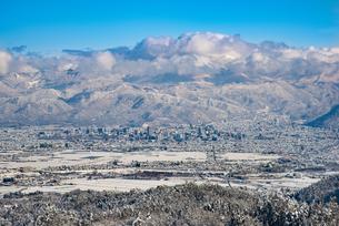冬の山形市遠望の写真素材 [FYI04863160]