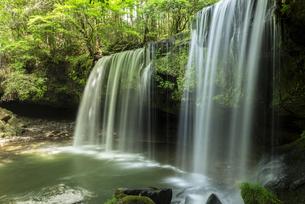 鍋ヶ滝の写真素材 [FYI04863345]