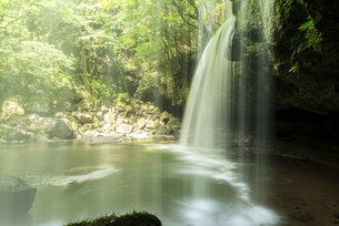 鍋ヶ滝の写真素材 [FYI04863346]