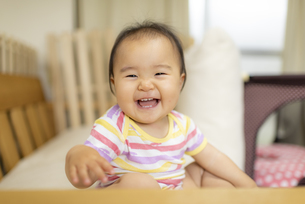 赤ちゃんの写真素材 [FYI04863379]