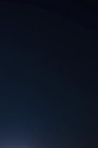 夏の大三角形の星空の写真素材 [FYI04864309]