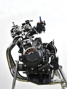 バイクエンジンのカットモデルの写真素材 [FYI04864783]