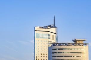 【香川県 高松市】高松港周辺の建造物 サンポート高松の写真素材 [FYI04864895]
