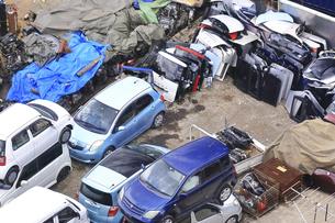 リサイクルされる自動車の写真素材 [FYI04865021]
