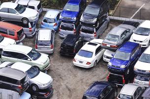 リサイクルされる自動車の写真素材 [FYI04865022]