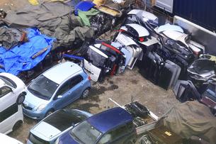 リサイクルされる自動車の写真素材 [FYI04865027]