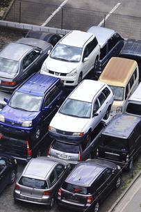 リサイクルされる自動車の写真素材 [FYI04865030]
