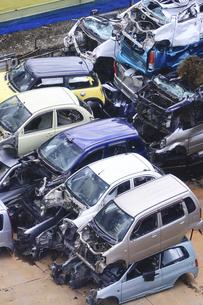 リサイクルされる自動車の写真素材 [FYI04865033]