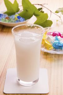乳酸菌飲料の写真素材 [FYI04865847]