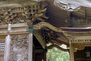 大瀧神社の彫刻の写真素材 [FYI04865970]