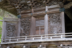 大瀧神社の彫刻の写真素材 [FYI04865972]