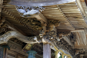 大瀧神社の彫刻の写真素材 [FYI04865973]