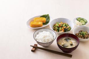 日本の朝食のイメージの写真素材 [FYI04866245]