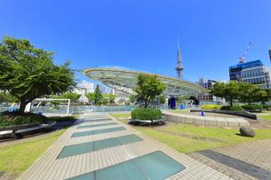 名古屋市 オアシス21・水の宇宙船の写真素材 [FYI04866869]