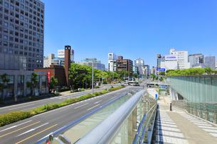 名古屋市 錦通に久屋大通(100メートル道路)の写真素材 [FYI04866882]