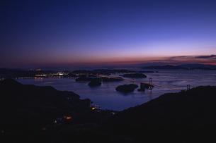 亀老山から見た来島海峡(愛媛県今治市大島/しまなみ海道)の写真素材 [FYI04867642]