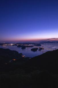 亀老山から見た来島海峡(愛媛県今治市大島/しまなみ海道)の写真素材 [FYI04867643]