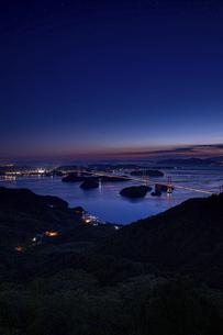 亀老山から見た来島海峡(愛媛県今治市大島/しまなみ海道)の写真素材 [FYI04867644]