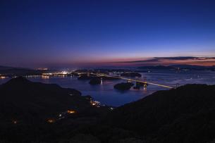 亀老山から見た来島海峡(愛媛県今治市大島/しまなみ海道)の写真素材 [FYI04867645]