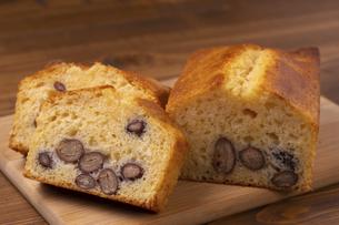 金時豆のパウンドケーキの写真素材 [FYI04868504]