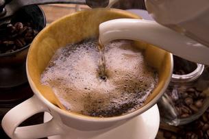 ドリップコーヒーの写真素材 [FYI04868524]
