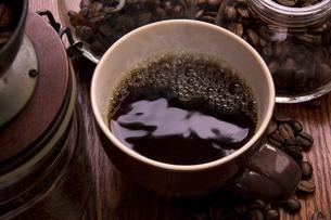 ドリップコーヒーの写真素材 [FYI04868530]