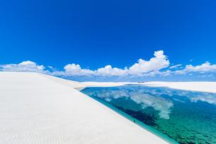 ブラジル・水晶の砂漠レンソイスの写真素材 [FYI04871394]