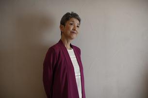 日本人シニア女性ポートレートの写真素材 [FYI04873018]