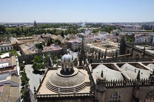 セビーリャ ヒラルダの塔からの眺望の写真素材 [FYI04873178]