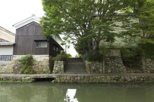 八幡堀と町屋の写真素材 [FYI04874017]