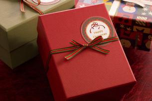 クリスマスプレゼントの写真素材 [FYI04874383]