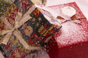 クリスマスプレゼントの写真素材 [FYI04874456]