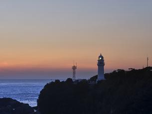 潮岬からの夕日の写真素材 [FYI04874858]