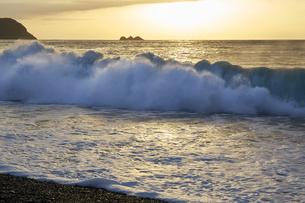 早朝の熊野灘の写真素材 [FYI04874956]