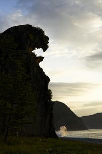 熊野の獅子岩の写真素材 [FYI04874957]