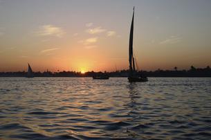 ナイルの夕日の写真素材 [FYI04875089]