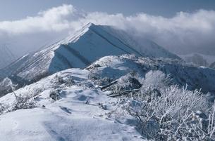 冬のピパイロ岳(北海道・芽室町)の写真素材 [FYI04875144]