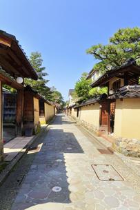 北陸金沢 長町武家屋敷跡の写真素材 [FYI04876041]