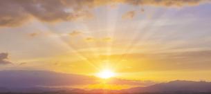 朝の光の写真素材 [FYI04876357]