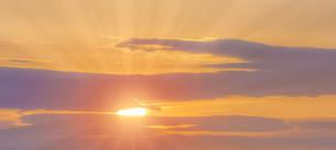 朝の光の写真素材 [FYI04876359]