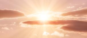 朝の光の写真素材 [FYI04876361]