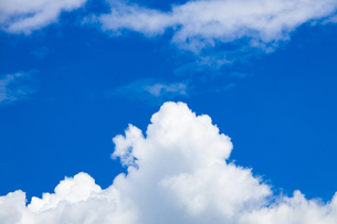 真夏の空 の写真素材 [FYI04876922]